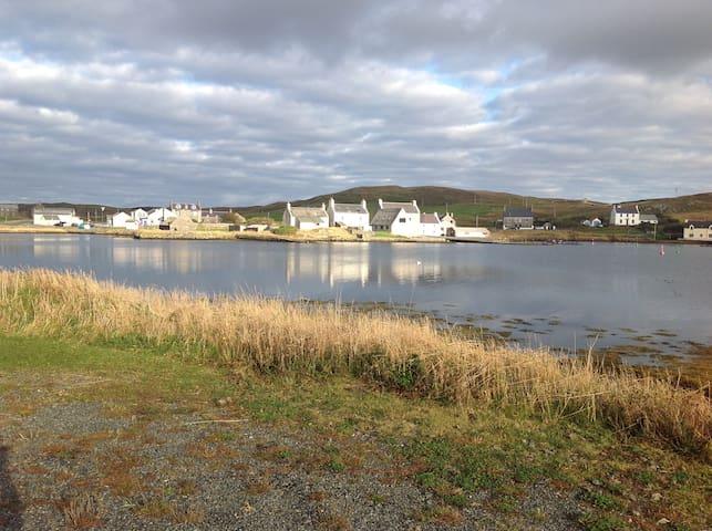 Roadside B and B, Westside Shetland - Walls