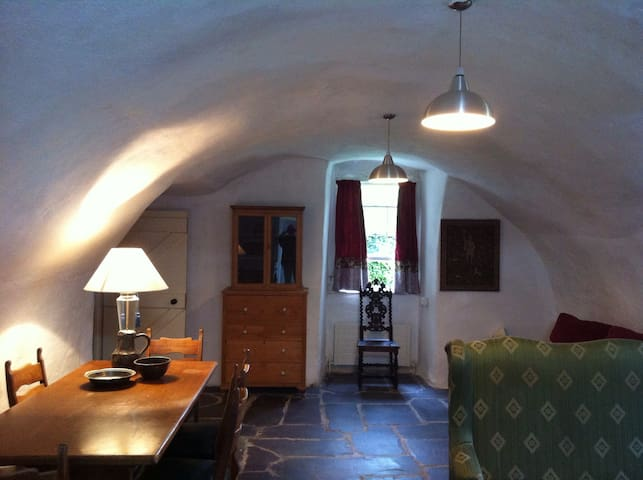 A Medieval bolt-hole. - Bohermeen - Appartement