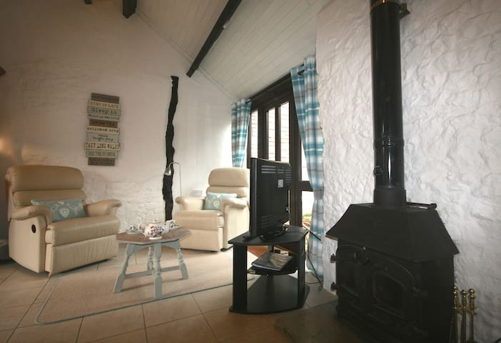 Apple Cottage with logburner & Indoor Pool/Spa - Whitchurch Canonicorum - Casa