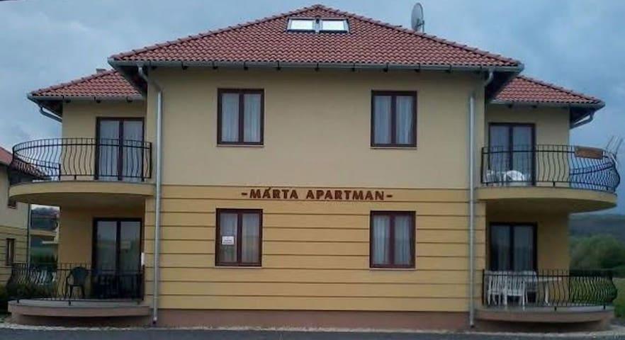 MÁRTA APARTMANHÁZ - EVITA - Kehidakustány - Apartamento