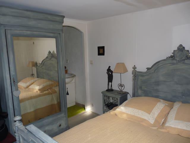 Chambre chez l'habitant sympa - Flayosc - Ev