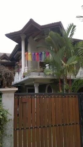 House near Colombo Sri Lanka  - Peliyagoda