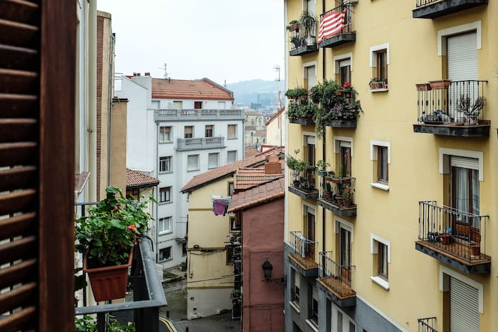 Cozy apartment to Old Town - Bilbao - Apartment
