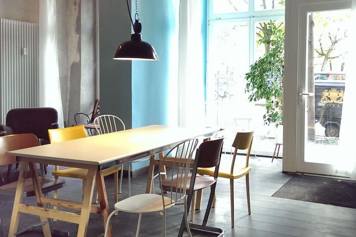 Ice Cream Cafe as a loft in winter - Berlin - Loft