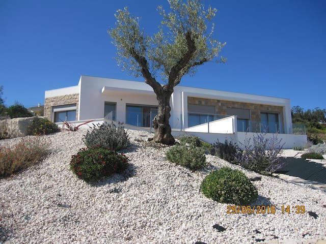 Maison familiale en campagne a 6 km de la mer - Rebelos - Huis