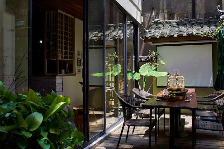 麓墅B03--您远方的家  近二号线地铁口 临麓山风景区的特色民宿精品酒店 - Changsha - Villa
