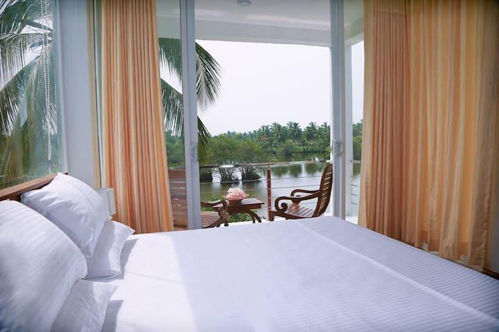 Cormorant Lake Side - Ja-Ela - Hotel butikowy