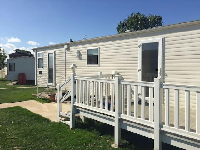 Static Caravan Highfields, Clacton - Clacton-on-Sea - Dağ Evi