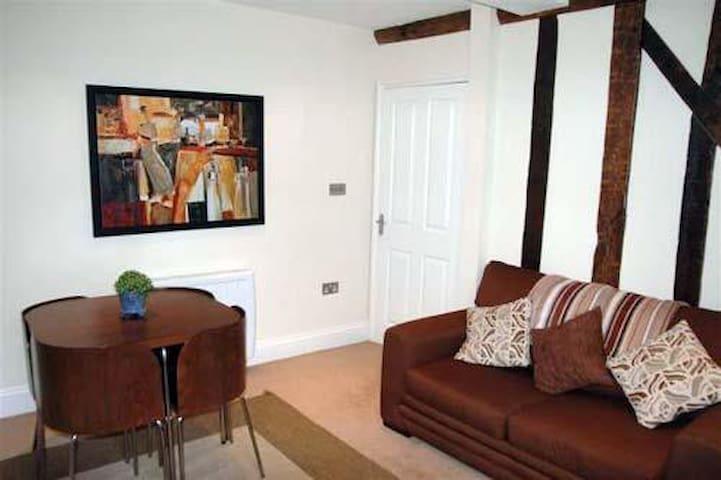 Central apartment, Brecon - Brecon - Apartemen