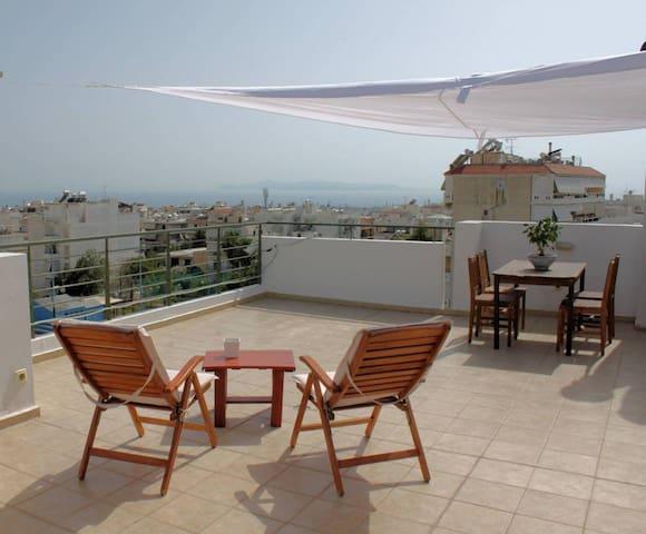 Sea View Penthouse Studio with Private Terrace - Glyfada - Huoneisto