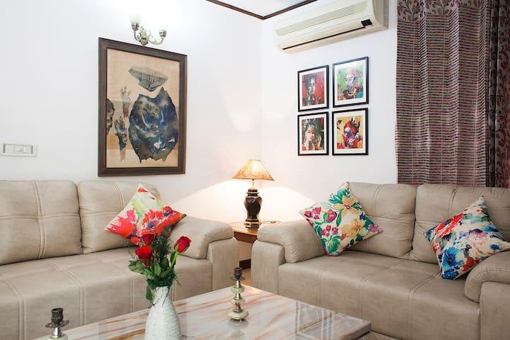MonumentFacing GardenHome:Rose Room - Nové Dillí - Dům