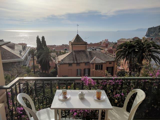 Splendida vista a 5 minuti dal mare - Finale Ligure - Pis