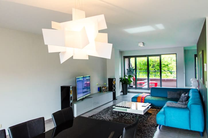 Big modern loft with extra's ! - Aalst