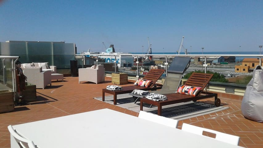 Unforgettable suite with gorgeous terrace! - Livorno - Appartement