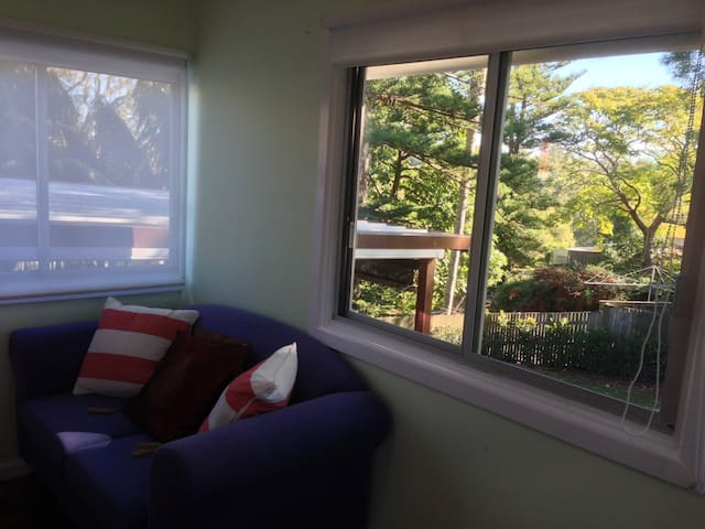 Large, Private Whole Apartment + WiFi + Extras - Marsfield