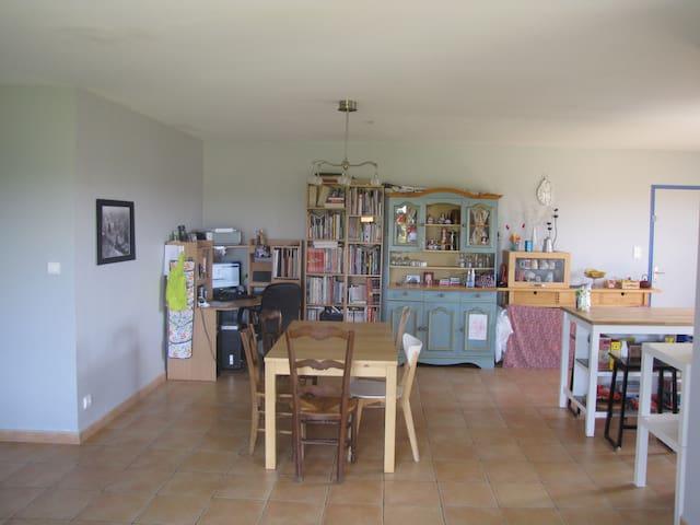 maison au coeur de la campagne gersoise - Caillavet - Hus