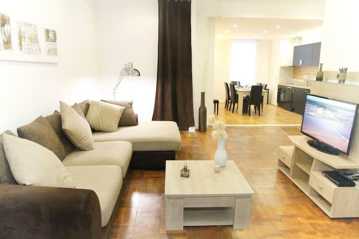 duplex 140 m² 4  à  8 couchages - Lens - Lägenhet
