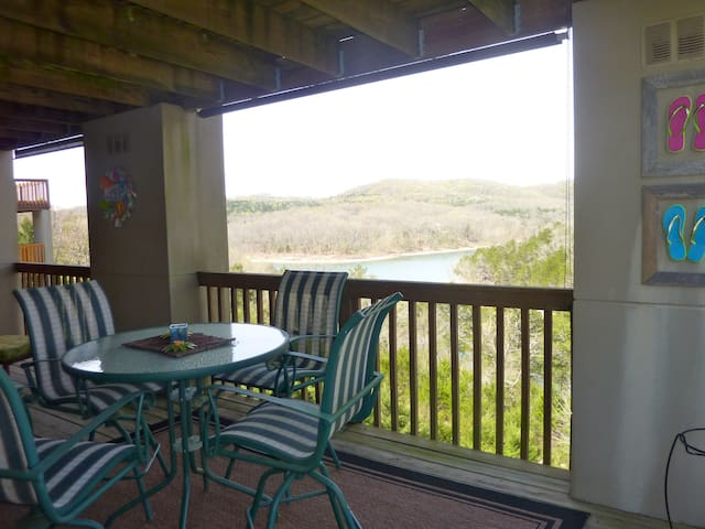 Ferrell's Lakefront Condo; No cleaning fee - 4/17 - Branson - Appartement en résidence