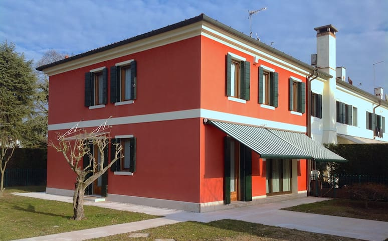 Colonial house in Venice country - Mirano - Villa