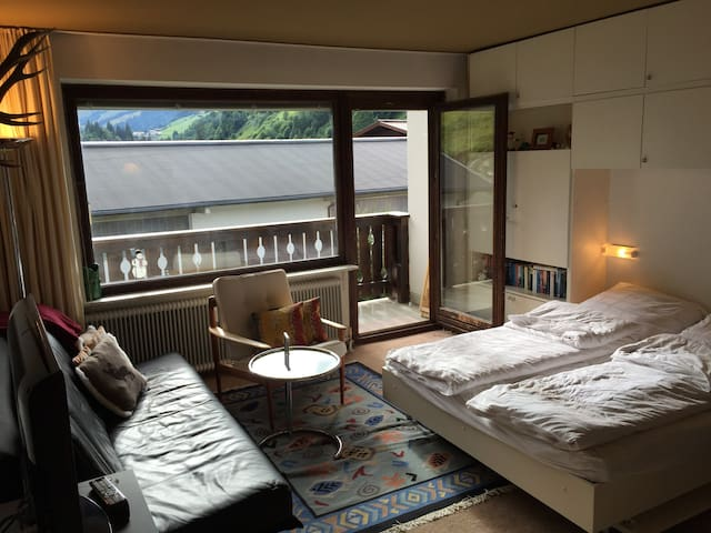 2-Zimmer Wohnung in bester Skilage - Hinterglemm - Lägenhet
