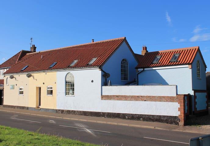 Knot Cottage - Cosy Seaside Cottage, Sleeps 4 - Wells-next-the-Sea - Hus