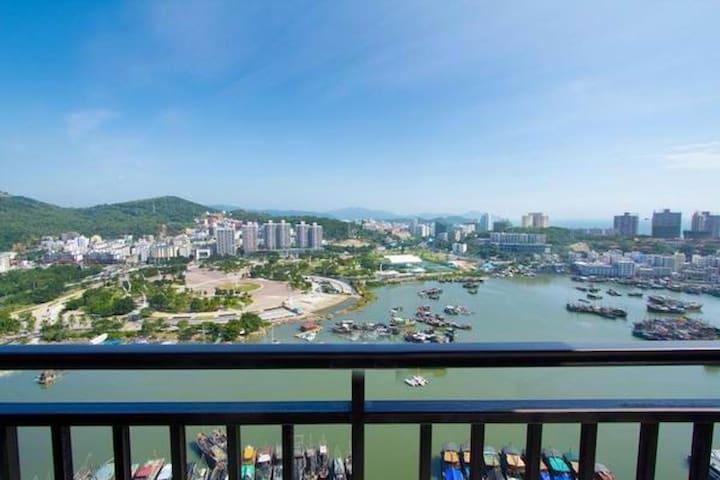 三亚大东海超高档小区时代海岸小区一室一厅河海双景观套房 - Sanya - Apartament