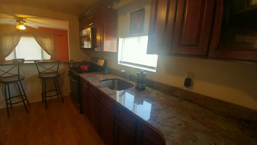 One Private Room - Long Island - Room 2 (Tan) - Amityville - Casa