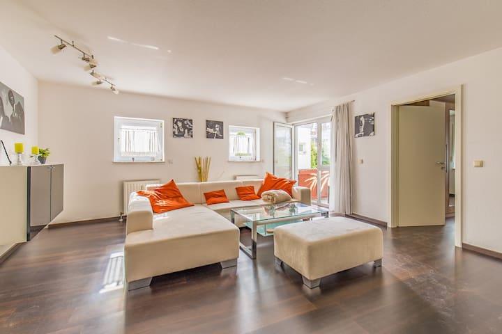 Schöne 2-Zimmerwohnung mit moderner Ausstattung - Wernau (Neckar) - Apartament