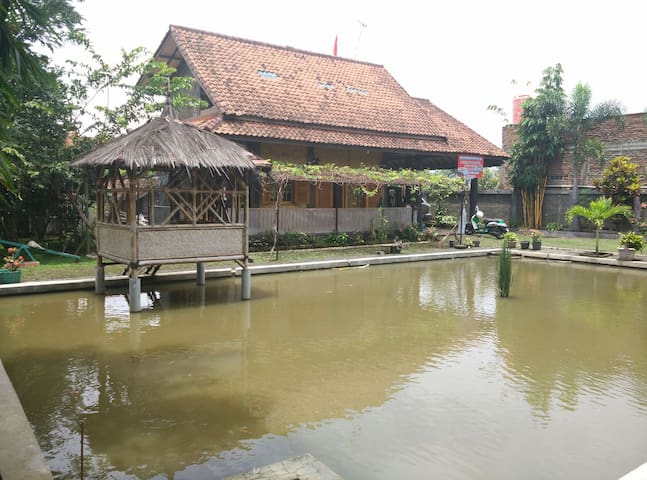 Villa Kanineung Soreang - Soreang - Villa