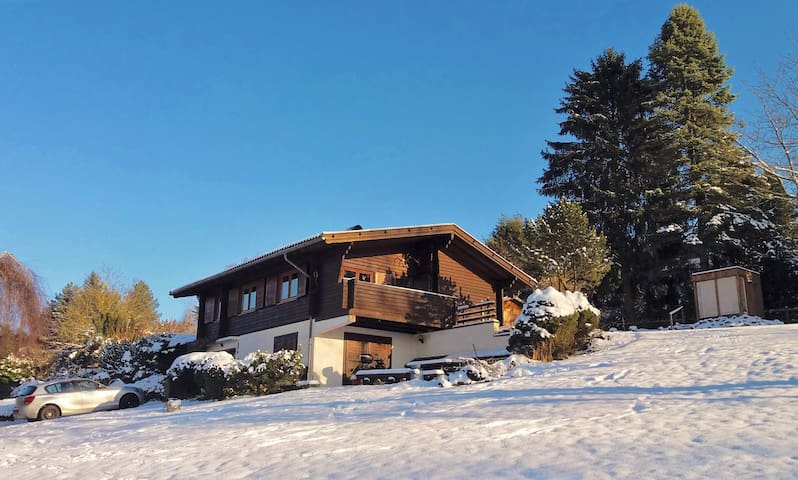 Cosy cottage with view and e-mountainbikes - Schotten
