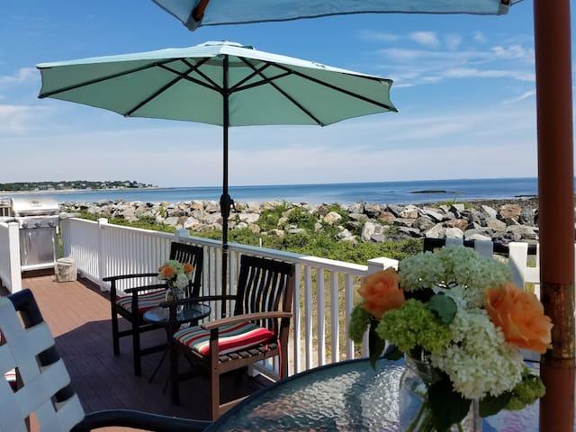 Ocean Front Family Cottage - Hampton - Casa