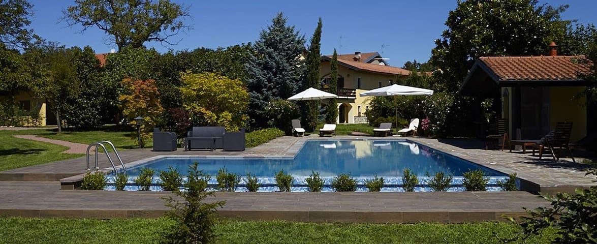 Cascina d'epoca con piscina/tennis - Gagnago/Borgo Ticino - Ev