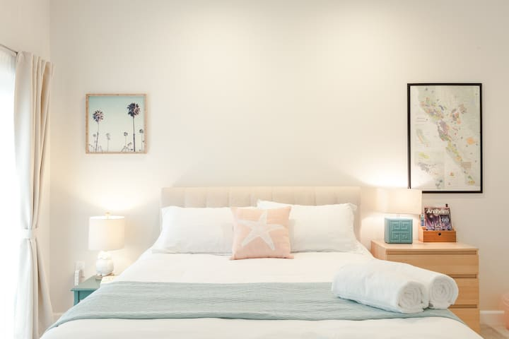 Sunny Peaceful Room w Private Bath - Alhambra - Apartmen