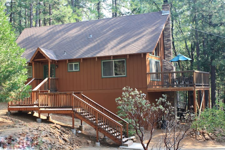 Uncle Timmy's Cabin, Wifi, great for family w/pets - Arnold - Mökki