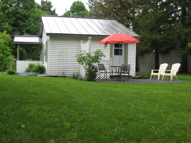 Nice one bedroom cottage - Middlebury