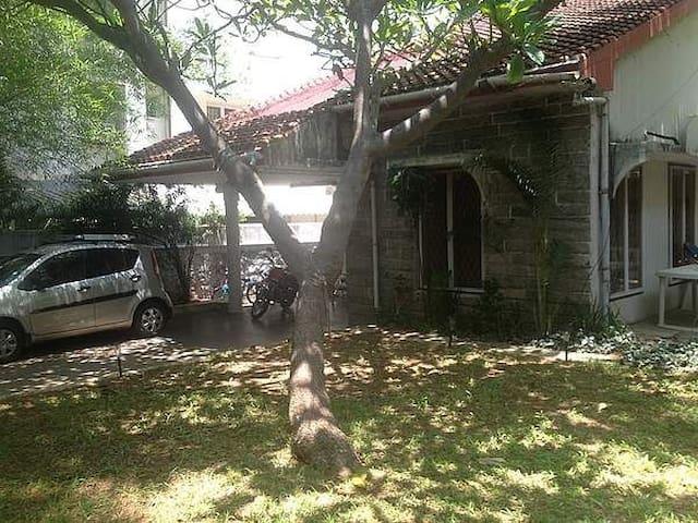 Centrally Located Family Home - Chennai - Talo