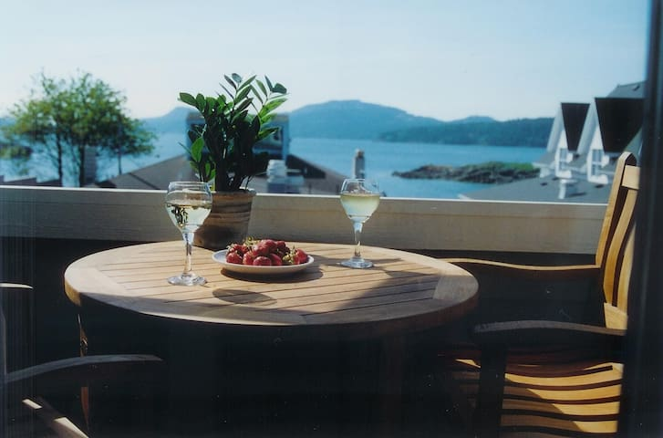 Water View! Eastsound, Orcas Island - Eastsound - Appartement en résidence