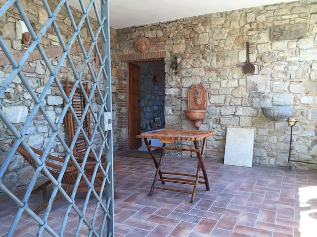 Spring in typical house in Tuscany: sea and relax - Campiglia Marittima - 一軒家