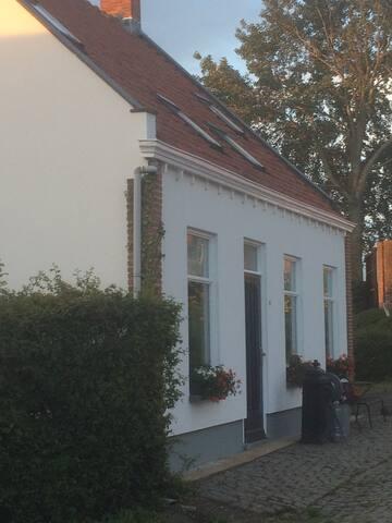 Huis van Anna, ruimte rust comfort - Kloosterzande - Casa