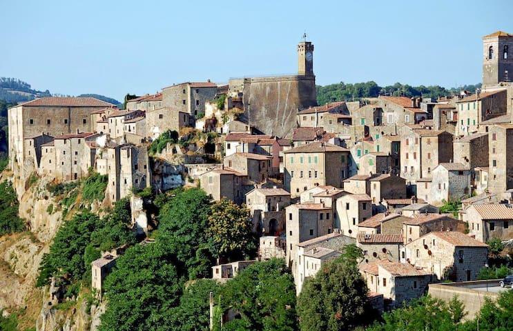 "Home ""in the tuffs' area"" in Tuscany - Sorano - Hus"