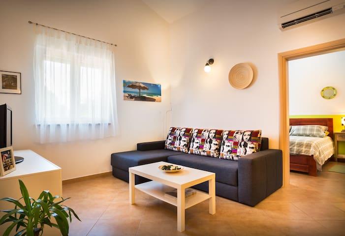 Modern & Comfy 1 b/room Apartment Near Poreč - Poreč - Lägenhet