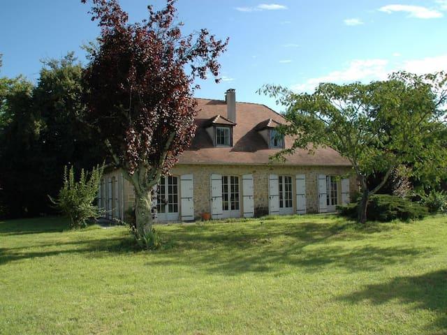 La Source, maison périgourdine en bord de Dordogne - Eynesse - Ev