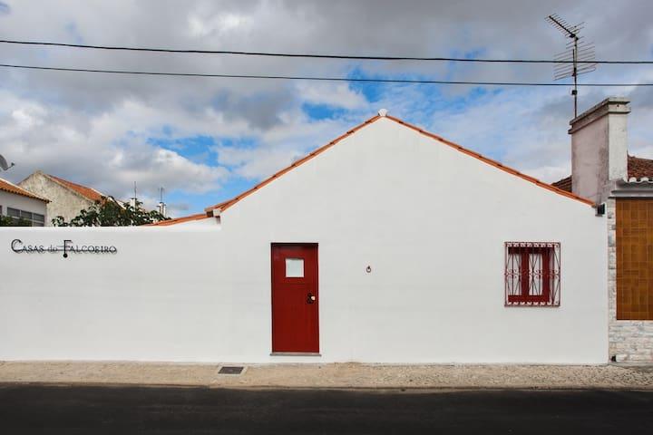 Casas do Falcoeiro-Casa Vala Real - Salvaterra de Magos - Stadswoning