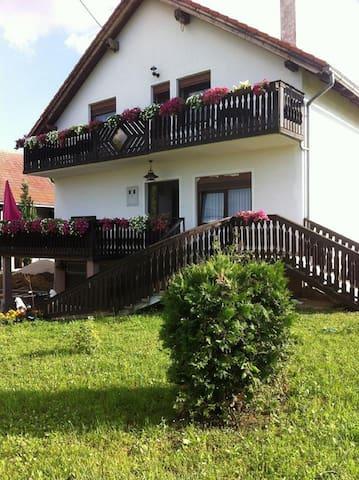 guesthouse Magdalena - Jelov Klanac - Bed & Breakfast