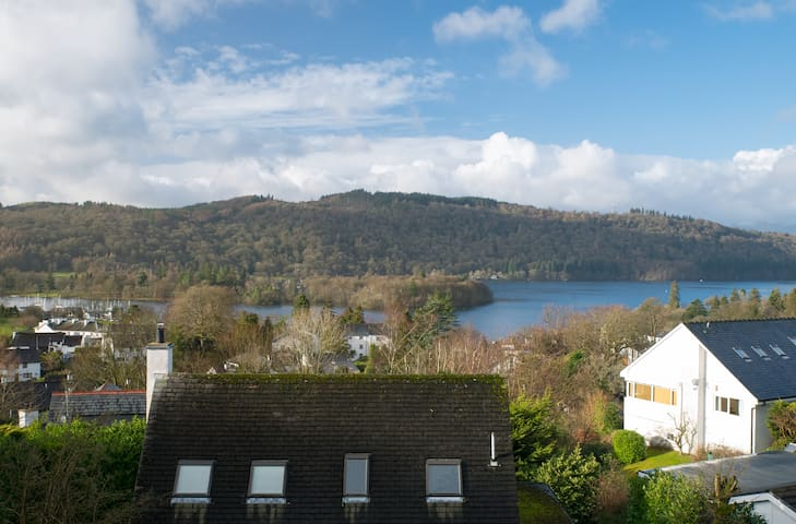 Cosy Character Room with Fab Views! - Bowness-on-Windermere - Bed & Breakfast