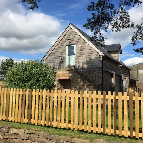 The Barn, Bredenbury, Nr Bromyard - Bromyard  - Daire