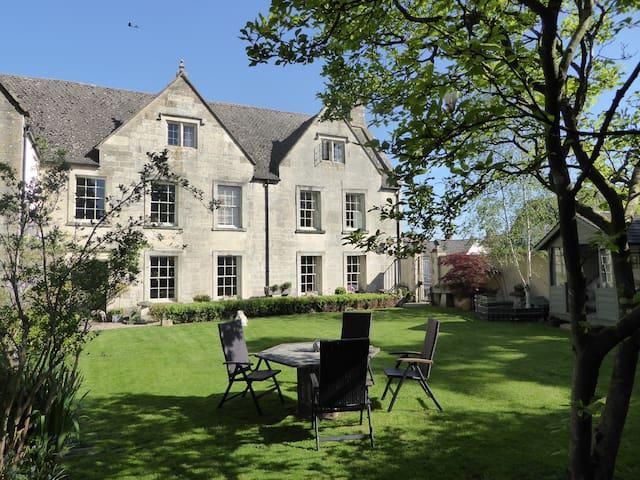 Clutterbuck House - Leonard Stanley - Bed & Breakfast