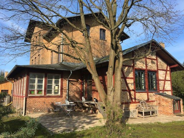 Romatisches Studio am Waldesrand - Schwarz OT Buschhof - Huis