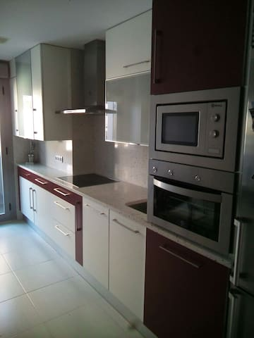 Apartamento de dos dormitorios - Varea - Apartment