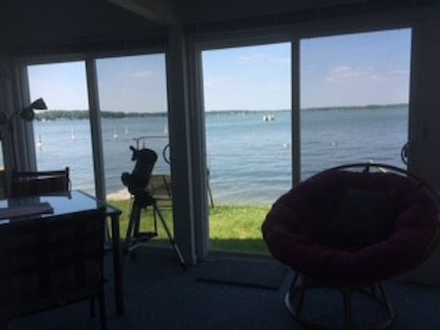 Lakefront Cottage - Shelbyville